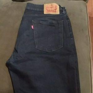 Levi's 514 dark blue jeans